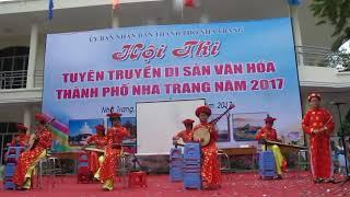 Tiết mục hòa tấu nhạc cụ dân tộc của trường THCS Mai Xuân Thưởng.