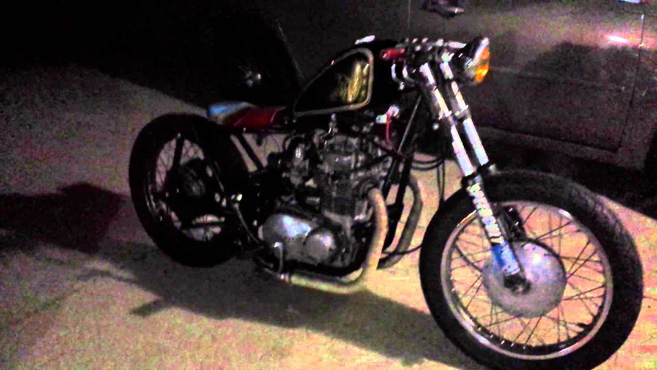 Kz400 Bobber Project Running And Idling Open Pipes With Pod Filters Custom Tank