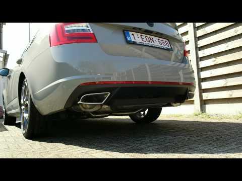 Skoda Octavia RS Milltek cold start LOUD!!!!
