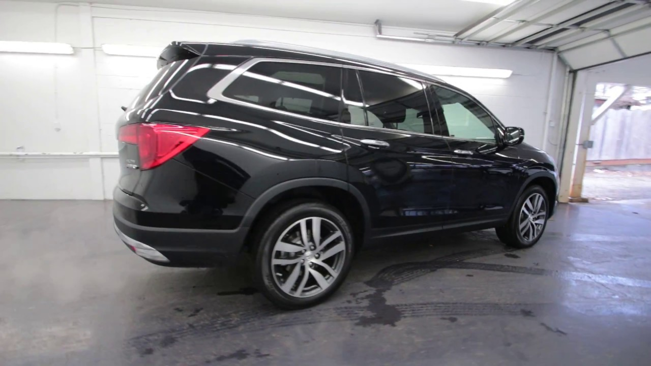 2017 honda pilot elite crystal black pearl hb003611 for Black honda pilot