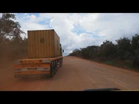 P2182750   Tanzaniaans asfalt