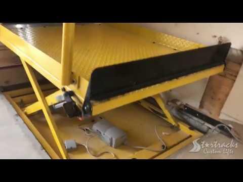 Garage Stairs Wheelchair Platform Lift