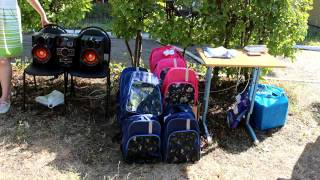 52 будущих первоклассника получили свой первый школьный ранец