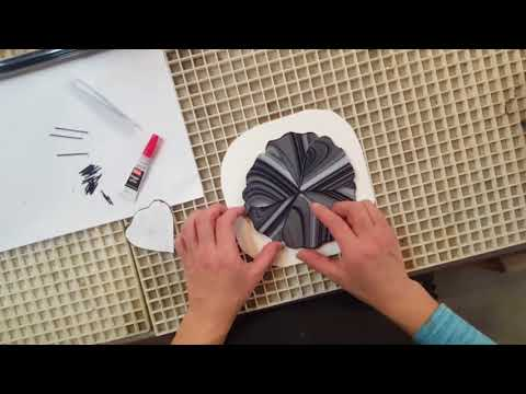 Easy Fused Glass Flower Stake demonstrationKaynak: YouTube · Süre: 5 dakika4 saniye