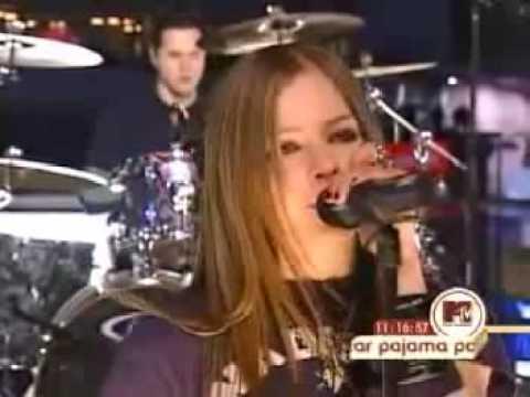 avril lavigne losing grip live 2002