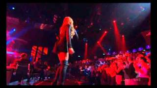 Enrique Iglesias - I can feel your heart beat - X factor 2010