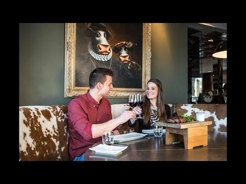 dating restaurant toronto