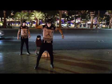 BEST STREET PERFORMERS IN LAS VEGAS!!