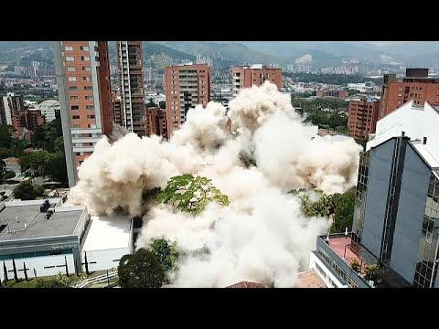شاهد: لحظات تفجير منزل تاجر المخدرات بابلو إسكوبار في كولومبيا …  - نشر قبل 4 ساعة