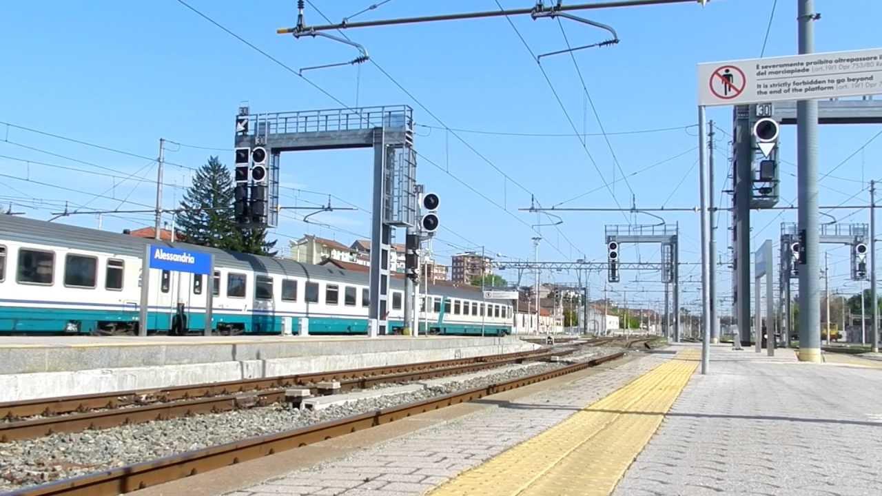 Treno intercity 510 salerno torino porta nuova e444r in - Orari treni milano torino porta nuova ...