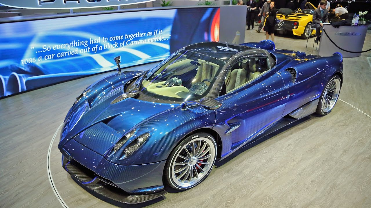 pagani huayra roadster roof on and roof off with horacio. Black Bedroom Furniture Sets. Home Design Ideas