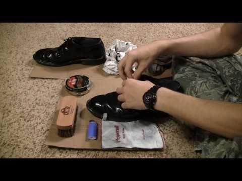 How to Fire Shine Low-Quarter Shoes