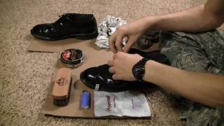 How to Fire Shine Low-Quarter Shoes