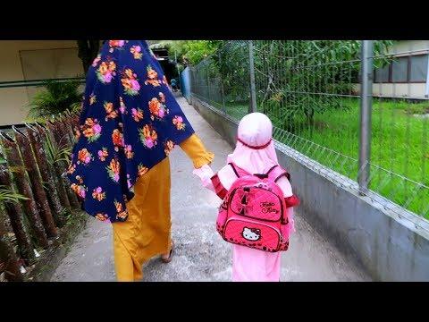 Semangat!!! Hari Pertama Masuk Sekolah TK - Back to School Versi Anak Sekolah TK Islam Terpadu