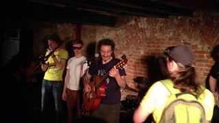 Jah Division — Кубана + Децл aka Le Truk — Потабачим (live @ Гегель / 11.05.2013)