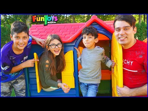 Ding Dong Ditch Jokes with Kids, Playhouse Pretend Play Fun