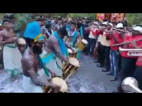 #Tharaka Pennale  Nadan Pattu Singari Melam
