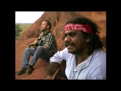 John Williamson - Raining On The Rock [Official Video]