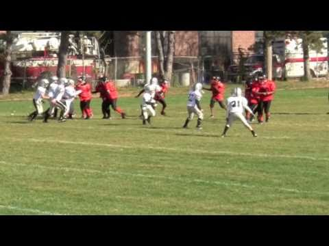 OMG! An 8 Year Old Football Player who isn't completely terrible!