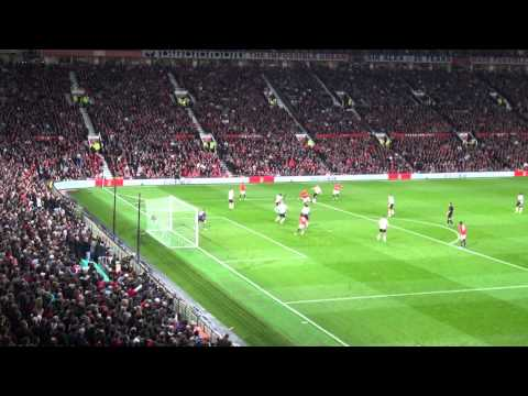Superb Match Atmosphere Manchester United 1 - Liverpool 0 Capital One Cup Match Highlights 25.09.13