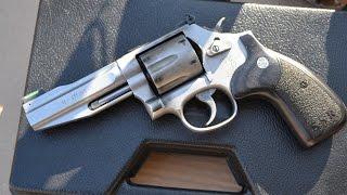 S&W 686 Pro Stock Service Revolver
