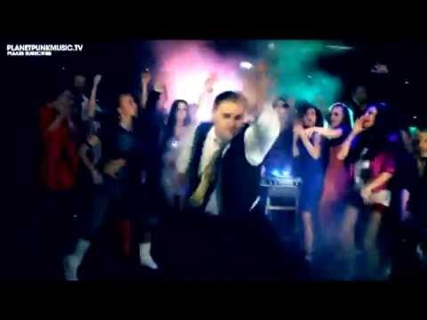 Modana Carlprit - Party Crash  (DVJ Wotten...
