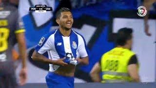 Goal | Golo Corona: FC Porto (4)-0 D. Chaves (Liga 18/19 #1)