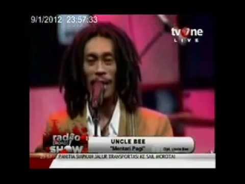 UNCLE BEE, Mentari Pagi   Radio Show TV One   YouTube