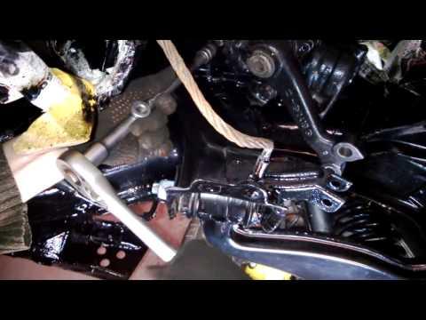 №21. Ремонт W124. Установка рулевого редуктора и сборка рулевой.