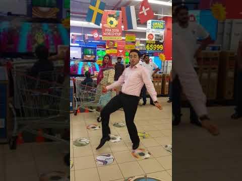 Mehroz dance on Laung Laachi @ Hyperstar Dolmen Mall