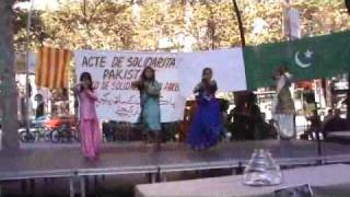 dance with bangla song bristi pore tapur tupur