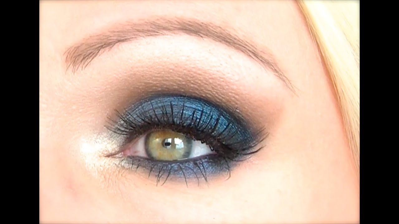 MAC Makeup Tutorial - Blue Smokey Eye