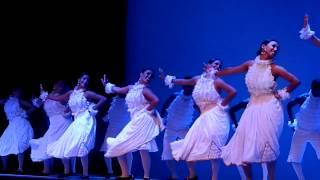Toro Mata - Día Internacional de la Danza