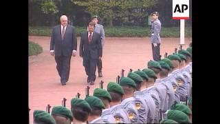Germany - Turkish prime minister Mesut Yilmaz arrives - 1997