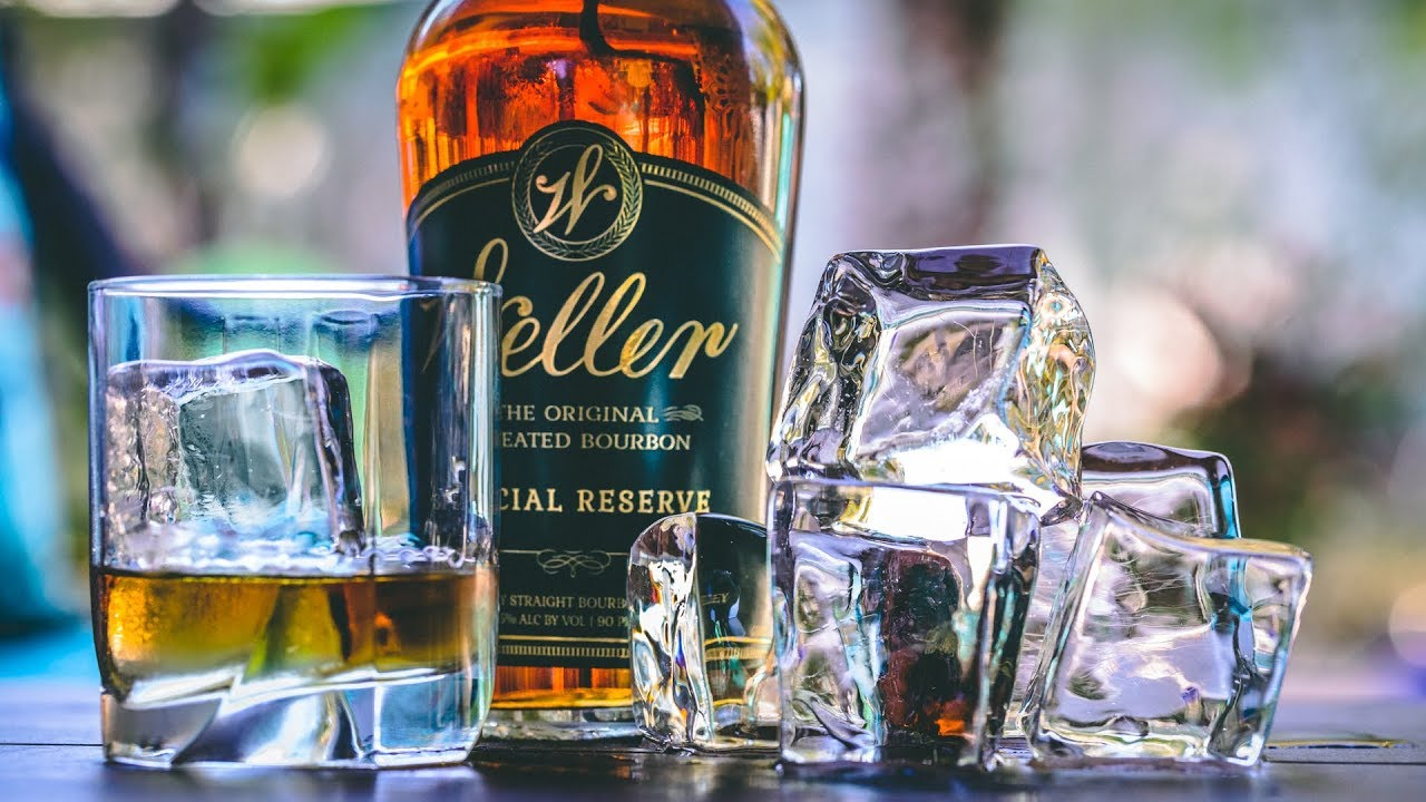 Best Way To Make Crystal Clear Ice Cubes Perfect For Whiskey