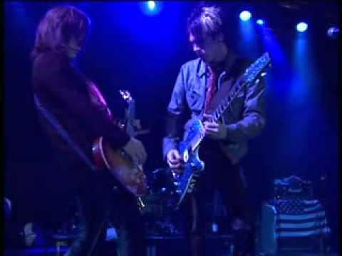 L.A. Guns - Over The Edge (DVD - 'L.A. Guns -- Hellraisers Ball: Caught In The Act')