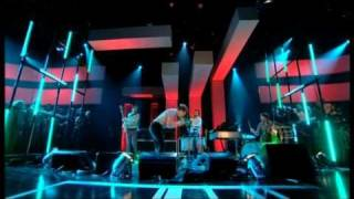 Friendly Fires - Paris & Jump In The Pool - Live On Jools