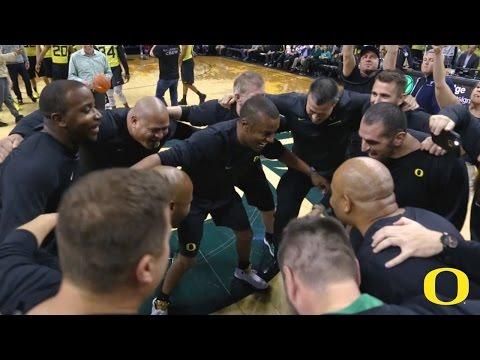 Oregon Football Coaches vs. Players Basketball Scrimmage