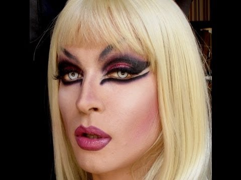 TRANSFORMATION FROM MAN TO DRAGQUEEN