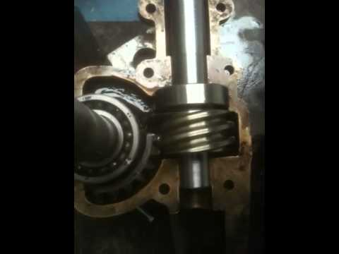 steering box youtube rh youtube com 1949 Ford F1 Steering Box GM Manual Steering Box Rebuild