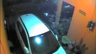 vuclip pencuri mobil crv tertangkap cctv di bandung