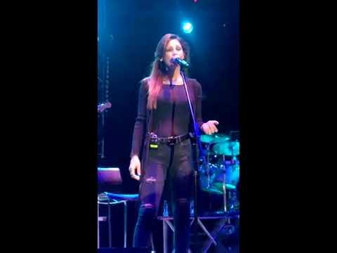Anna Tatangelo - Qui (live @ Siderno)