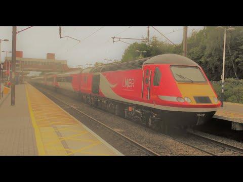 (4K) Trains at Stevenage, ECML 29/5/19