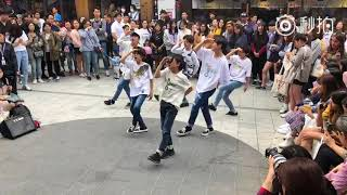 boy storyhongdae busking 20180520 p10 cover love scenario  ikon 2nd time