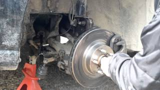 How To - Replace Ball Joints Subaru and it all goes wrong!