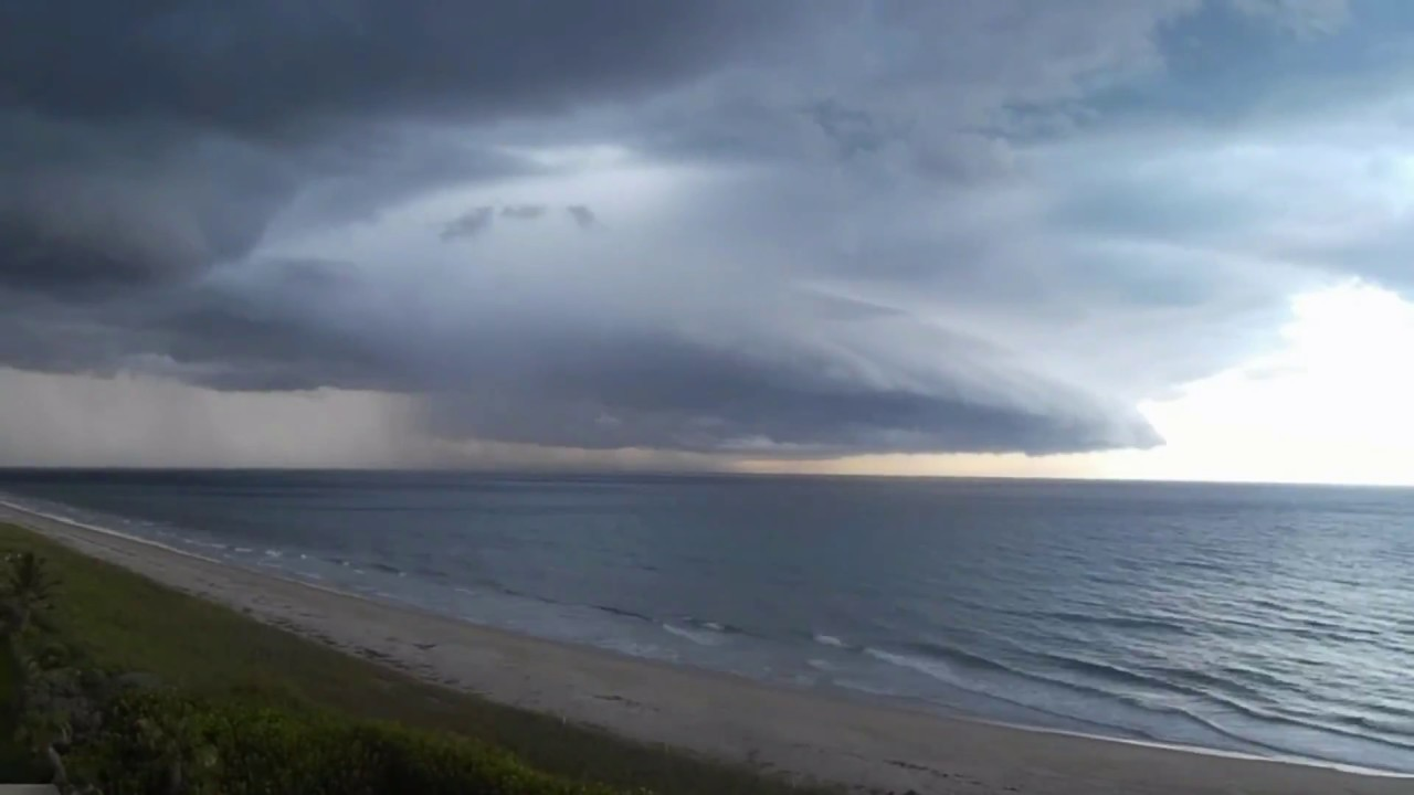 Time Lapse - Storm Clouds Over Ocean - Cool Video!