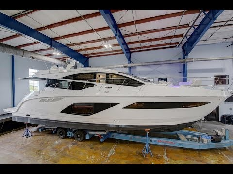 2018 Sea Ray L-Class L550 Yacht For Sale at MarineMax Clearw
