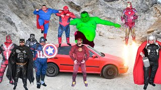 Superheroes VS Car