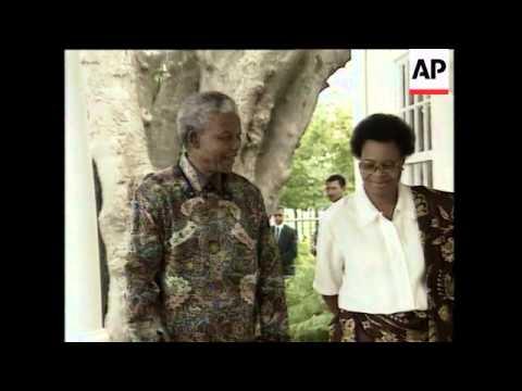 SOUTH AFRICA: PRESIDENT MANDELA'S ROMANCE WITH GRACA MACHEL