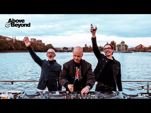 Above & Beyond: Group Therapy 350 Deep Warm Up Set, Prague (Full 4K Live Set)